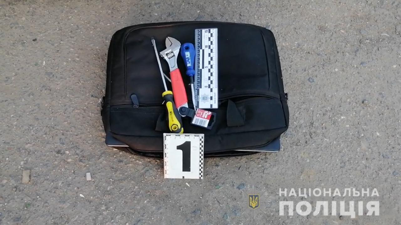 Не успели скрыться: В Одесской области задержали иностранцев, которые ограбили квартиру, - ФОТО, фото-3