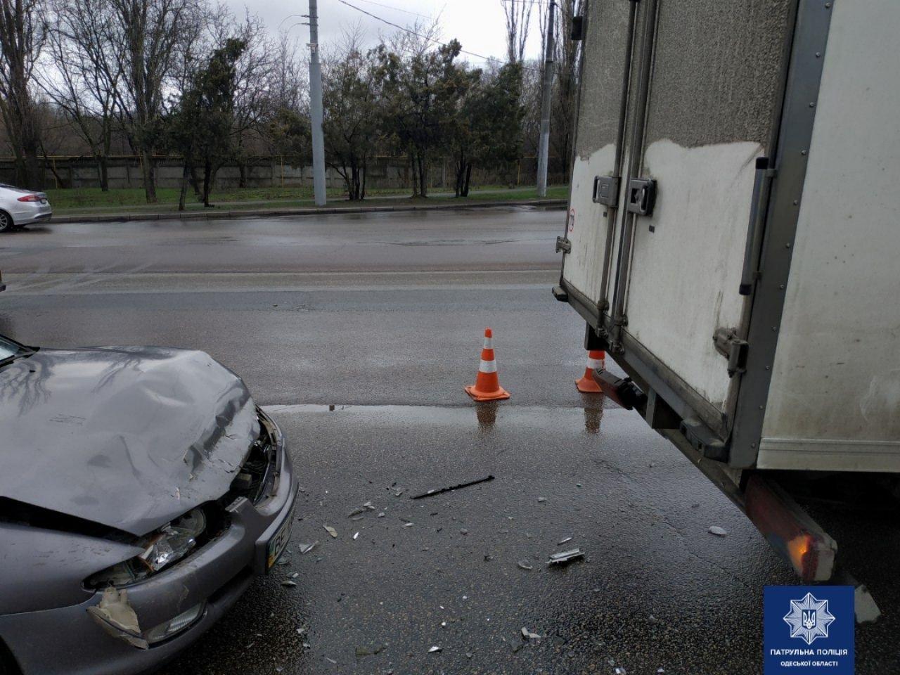 В Одессе на Овидиопольской дороге произошла авария, - ФОТО, фото-1