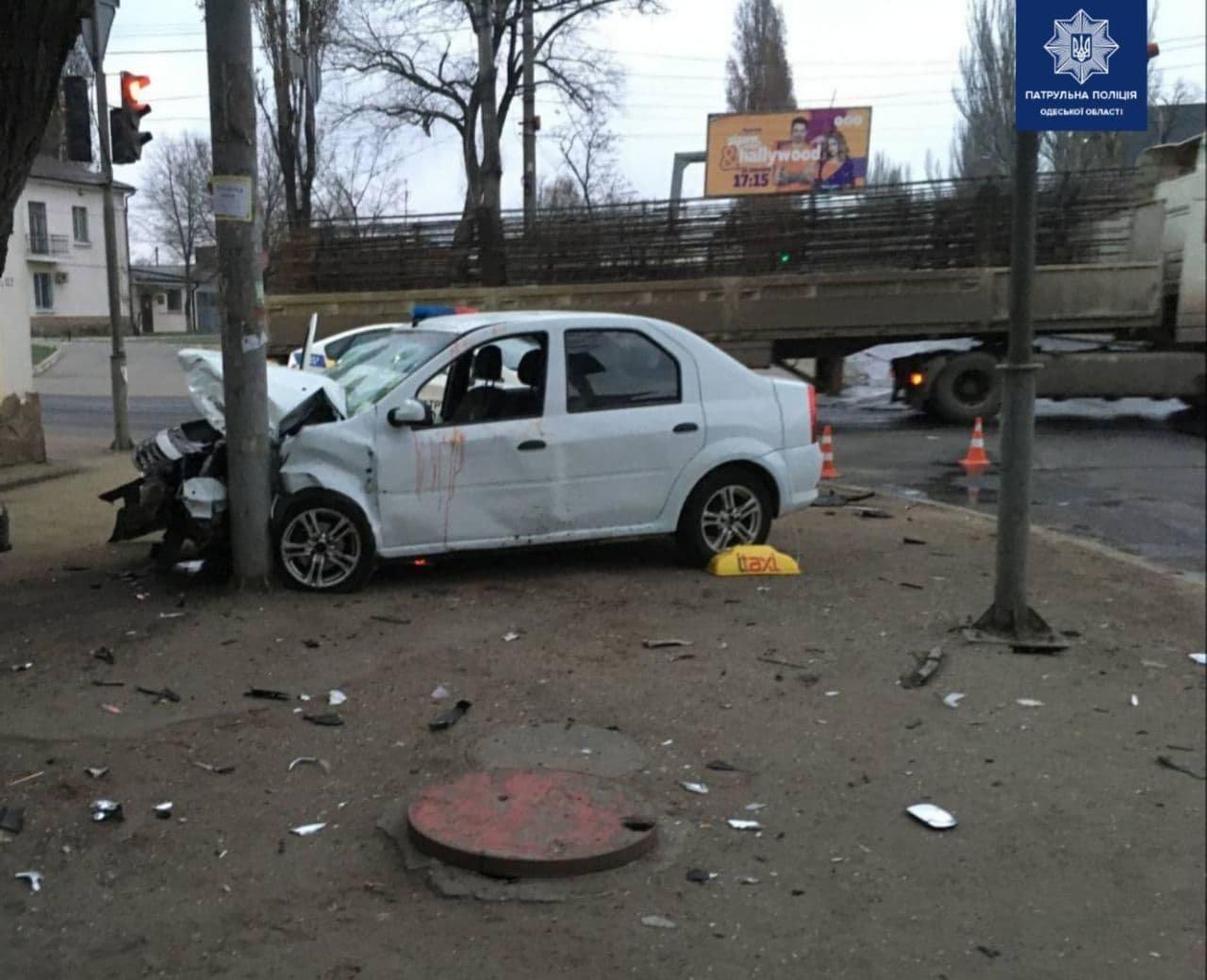 В Одессе по вине пьяного водителя в ДТП пострадали три человека, - ФОТО, фото-1
