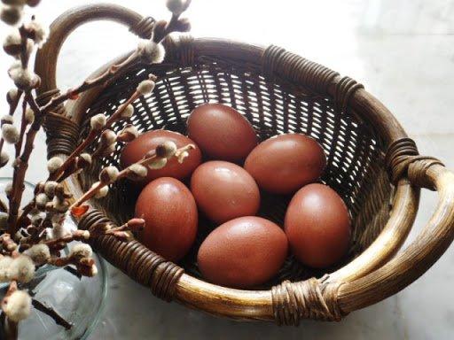 Десять способов покрасить яйца к Пасхе натуральными красителями, фото-9
