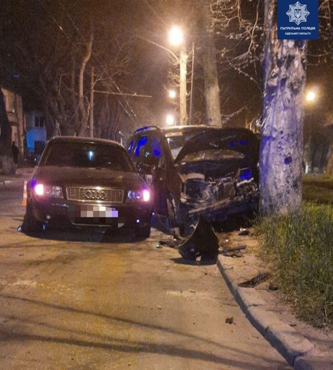 Врезался в Audi, а потом в дерево: в Одессе по вине пьяного водителя произошло ДТП, - ФОТО, фото-1
