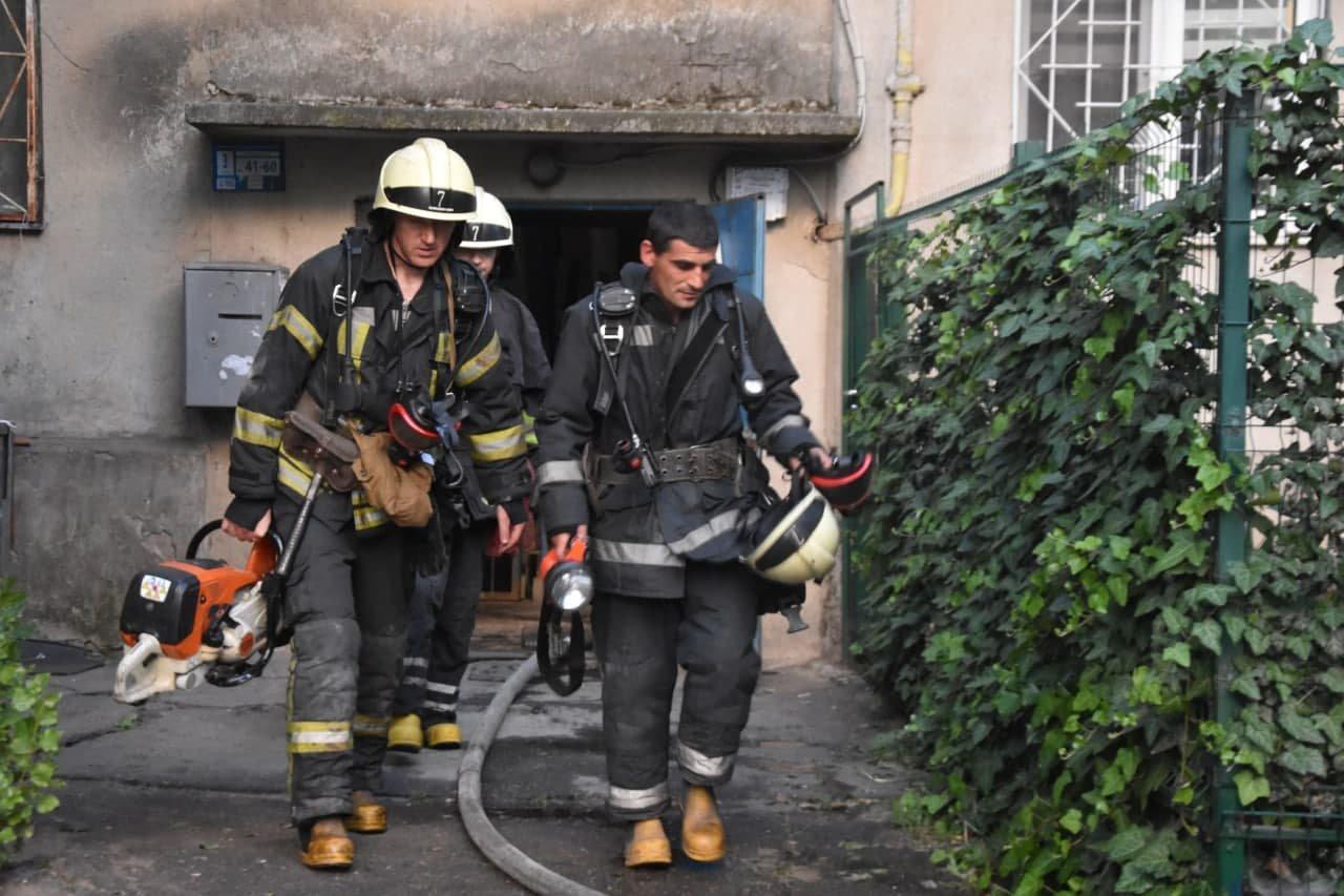 В Одессе на Балковской горела квартира, - ФОТО, фото-1