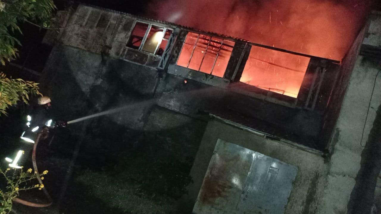 Короткое замыкание: в Одесской области спасатели тушили масштабный пожар, - ФОТО, фото-1