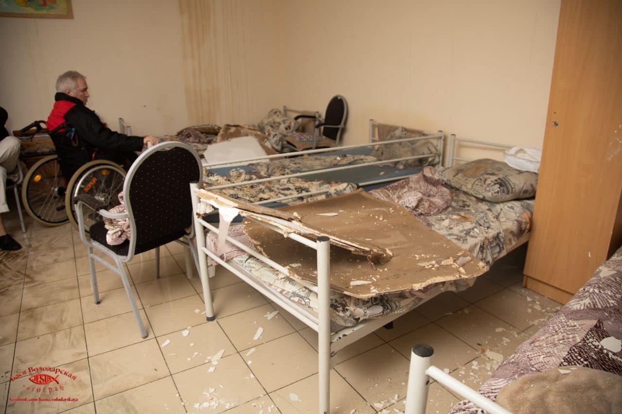В одесском приюте для пожилых людей из-за ливня сорвало крышу, - ФОТО, фото-18