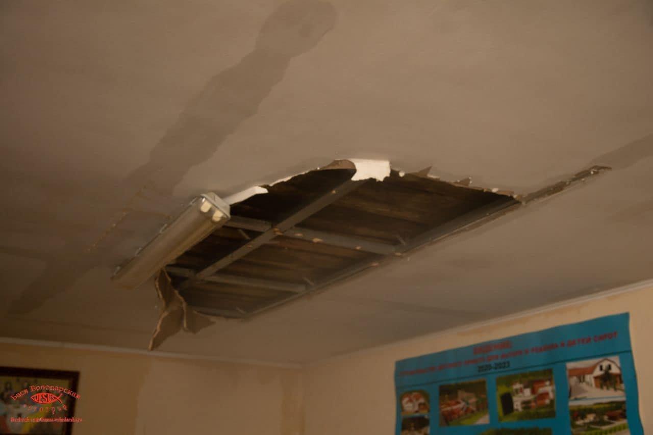 В одесском приюте для пожилых людей из-за ливня сорвало крышу, - ФОТО, фото-12