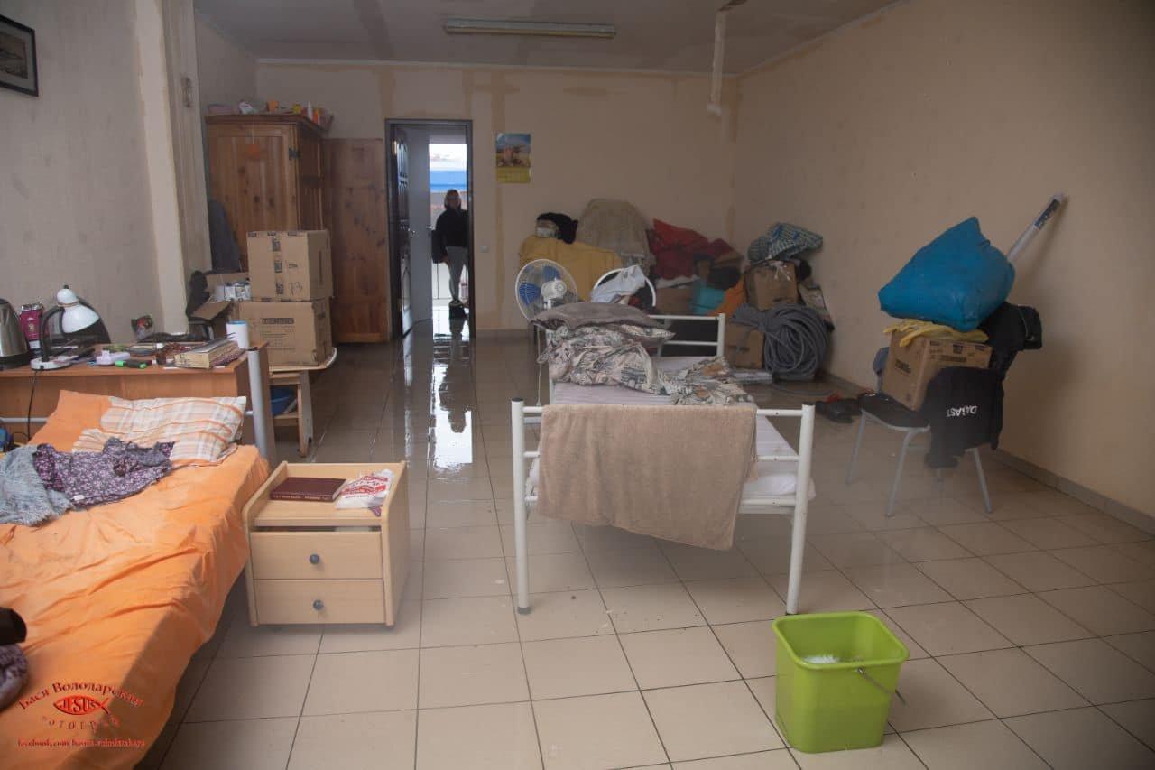 В одесском приюте для пожилых людей из-за ливня сорвало крышу, - ФОТО, фото-11