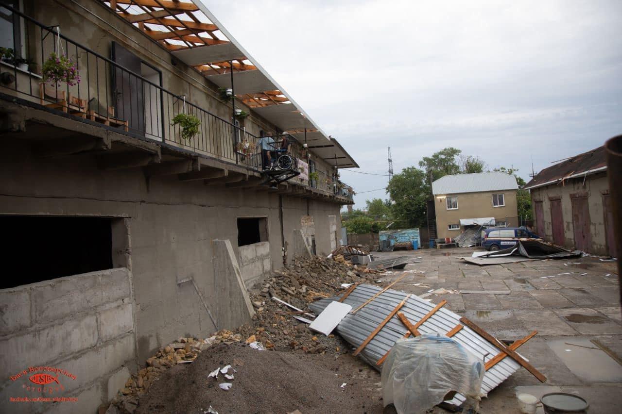 В одесском приюте для пожилых людей из-за ливня сорвало крышу, - ФОТО, фото-2
