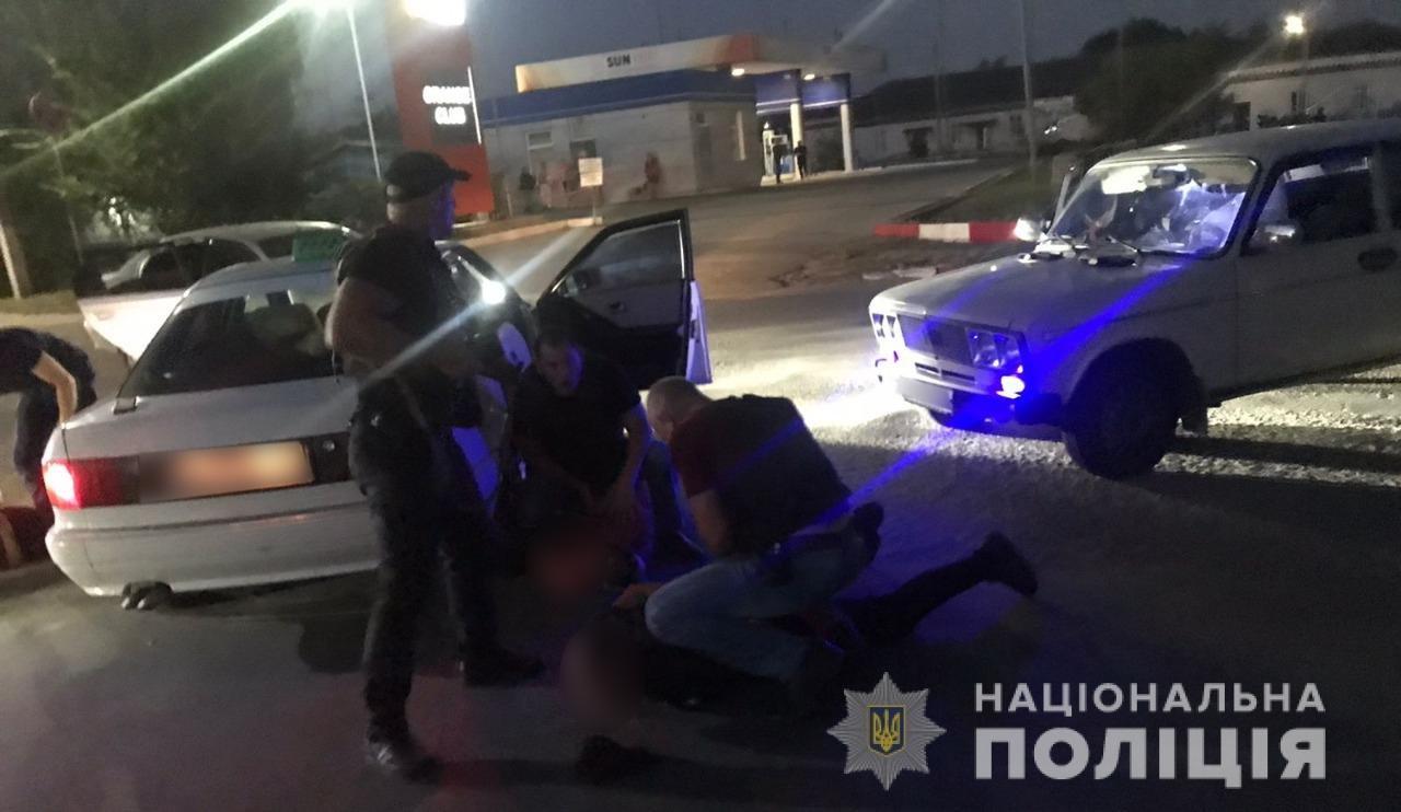 Похитили машину и требовали 3000$: в Одесской области задержали преступную группировку, - ФОТО, фото-2