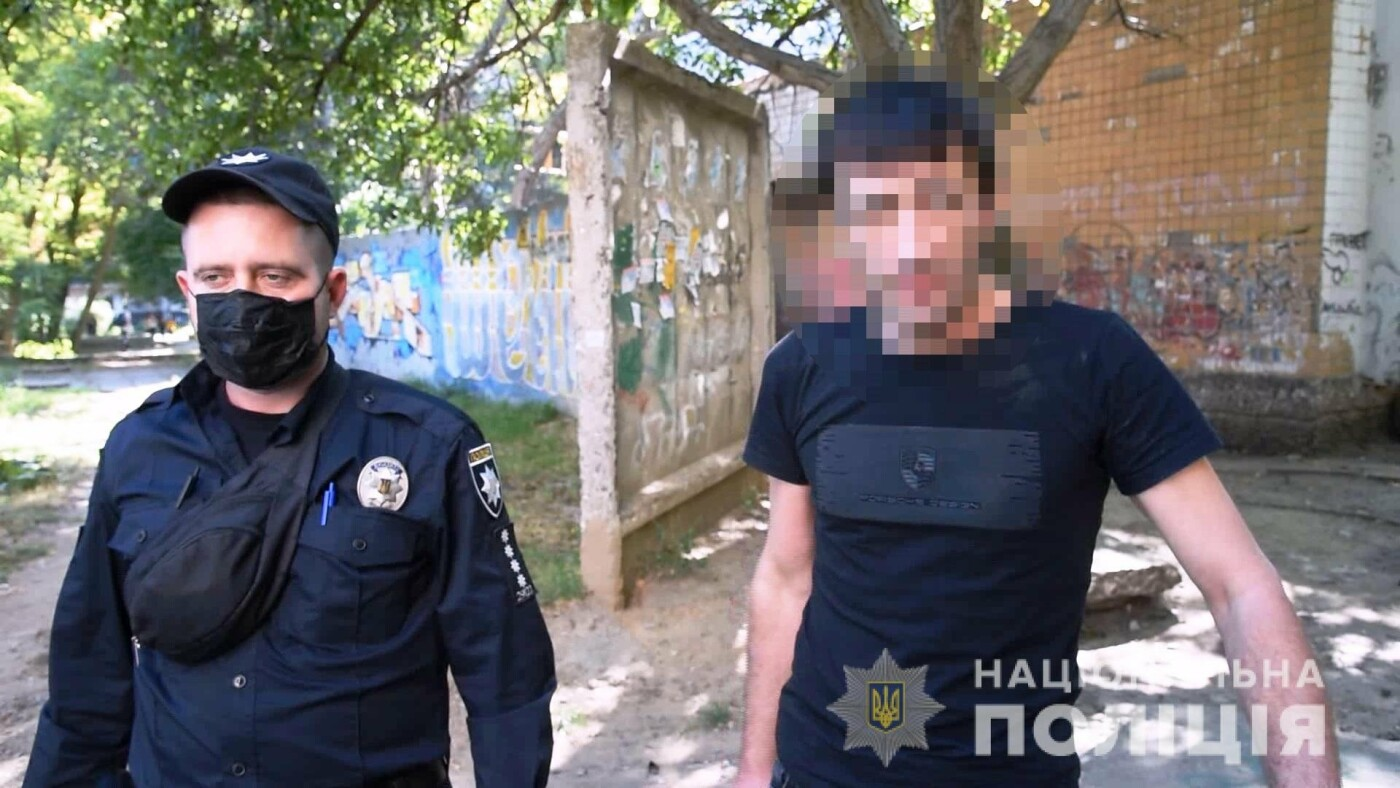 В Одессе иностранцы обокрали за час два автомобиля, - ФОТО, ВИДЕО  , фото-4