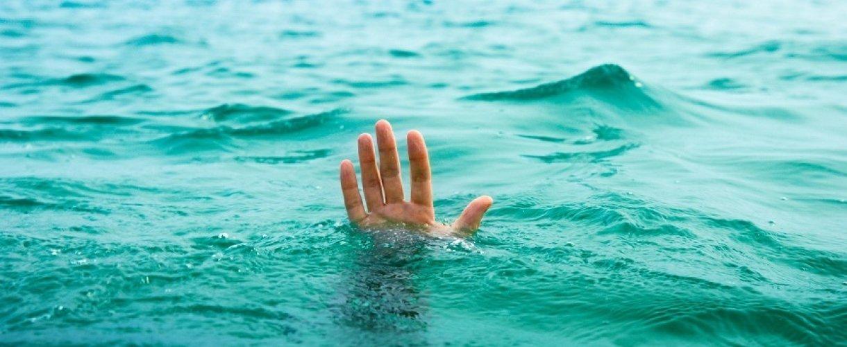 В Одесской области в море утонул подросток, двоих его друзей удалось спасти, - ФОТО0