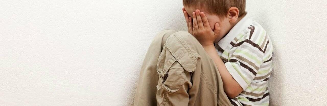 В Одессе трехлетний малыш в полночь закрылся в квартире, пришлось в...0