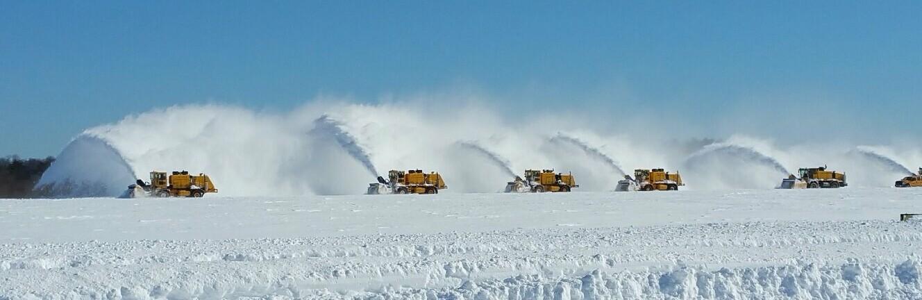 Снегопад в Одессе: аэропорт отменил рейсы, - ФОТО0