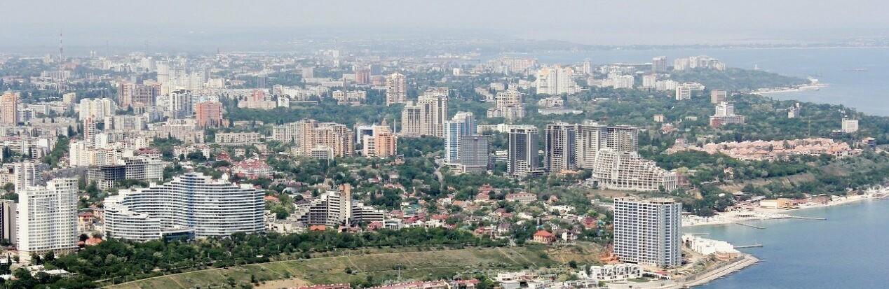 Обвал в Одессе: ушла под землю детская площадка возле дома мэра в А...0