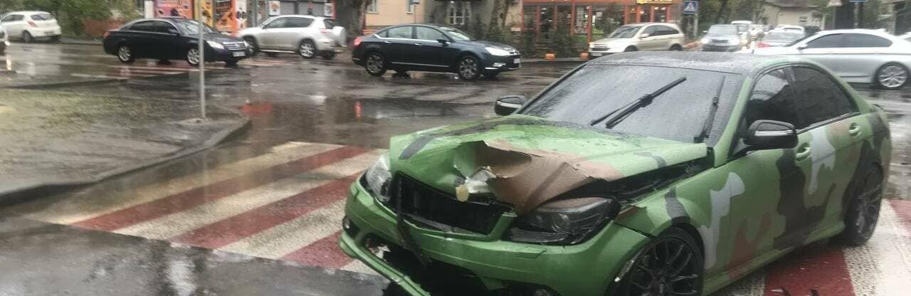 В Одессе в ДТП пострадали два человека, - ФОТО